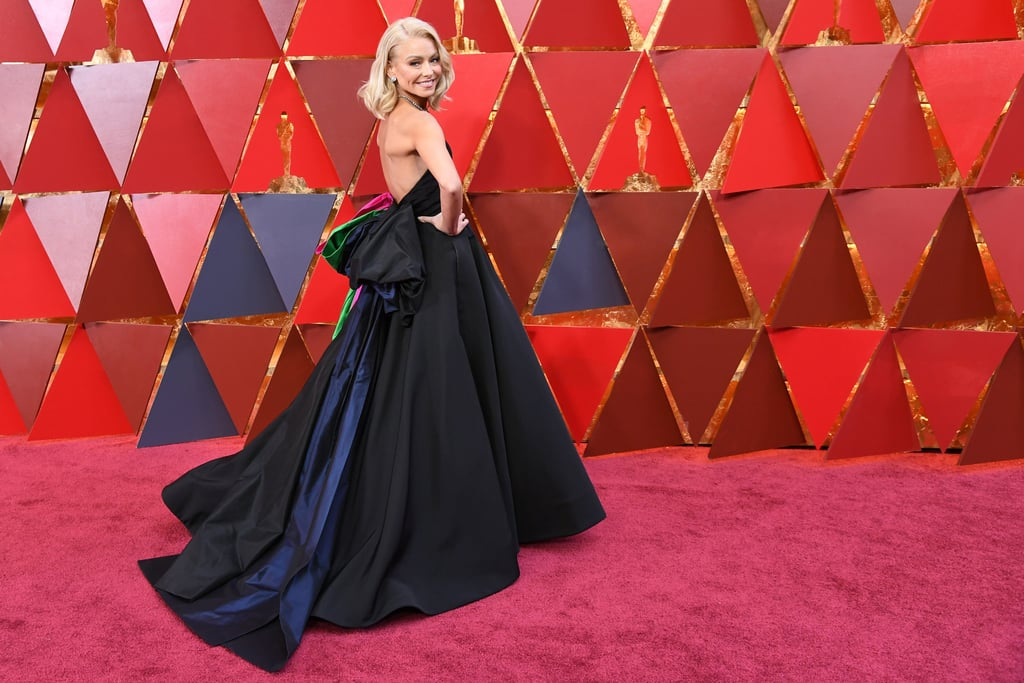 Kelly Ripa's Christian Siriano Dress at the 2018 Oscars