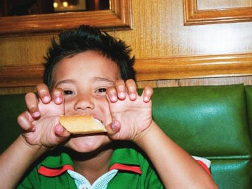 Does Your Tot Behave in Restaurants?