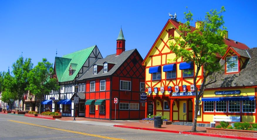 solvang chat Los olivos: a picture perfect country town place where locals sit on wooden porches and chat with friends and ynez valley / po box 633 solvang.