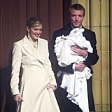 Baptising son Rocco with Guy Ritchie in 2000.
