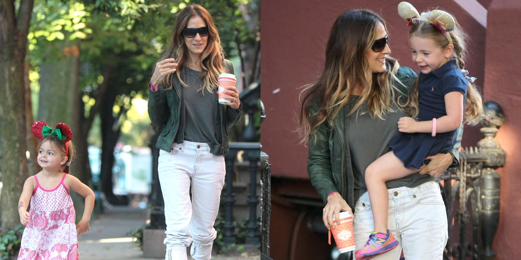 Sarah Jessica Parker Taking Her Twin Daughters to School