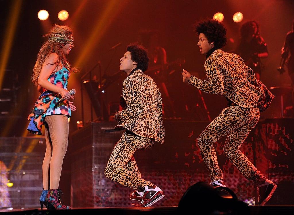 Beyoncé Had Fun With Her Twin Dancers