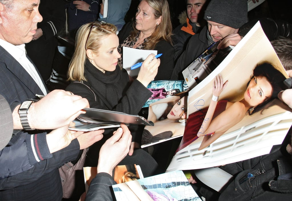 Rachel McAdams Stops to Say Hi to Her London Fans