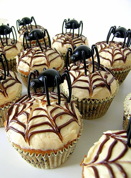 Deathly Chocolate Graveyard Cakes Recipe for Halloween