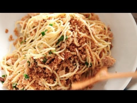 Spaghetti With Tuna, Lemon, and Bread Crumbs