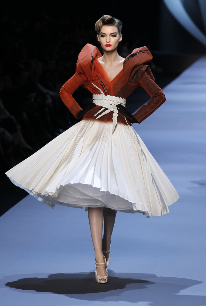 Photos of christian dior spring 2011 haute couture for What s a couture pop