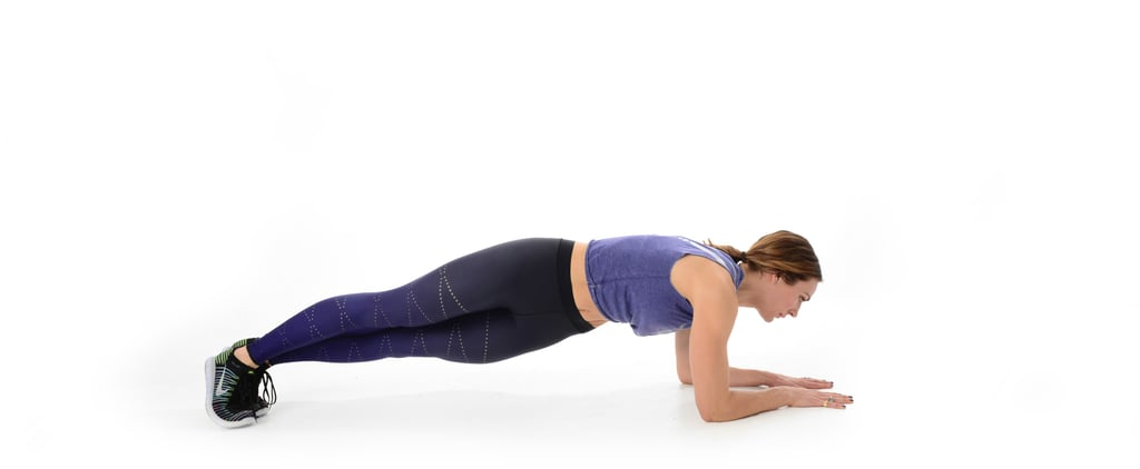 Trainers Everywhere Love This Ab Move For a Tight Waist