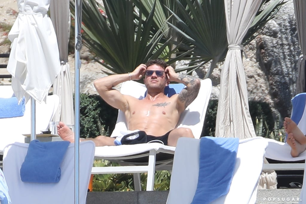 Shirtless Ryan Phillippe in Mexico Pictures 2018