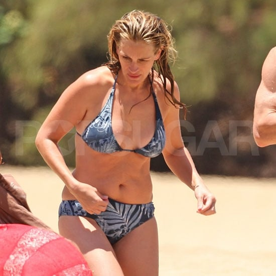 Julia Roberts Bikini Pictures With Danny Moder and Kids | POPSUGAR ...
