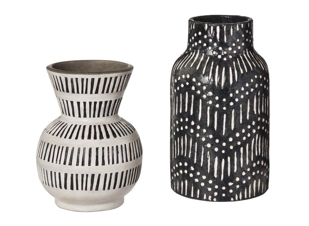 Black Textured Ceramic Vase 25 White Ceramic Vase With Lines