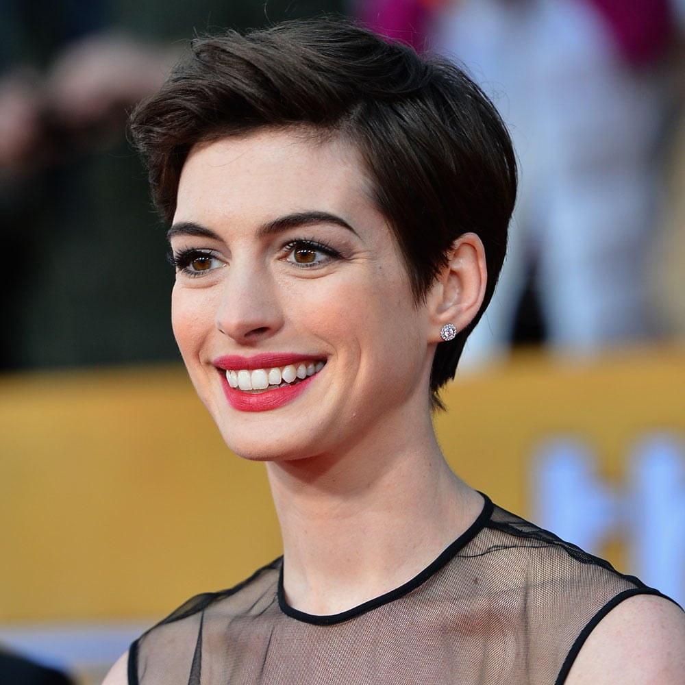 Pictures of Anne Hathaway at the SAG Awards