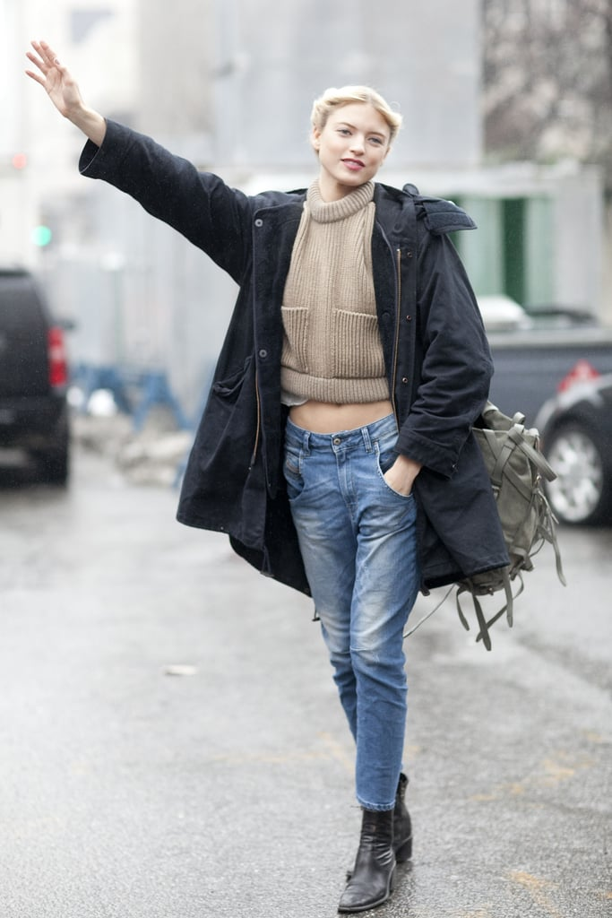 Another update on nostalgia with 'laxed denim and a cropped sweater.