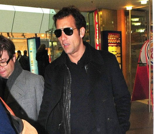 Photo of Clive Owen at Berlin's Tegel Airport
