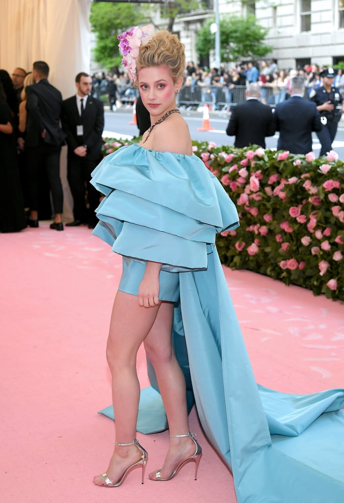 Lili Reinhart's Orchid Hairstyle at Met Gala 2019