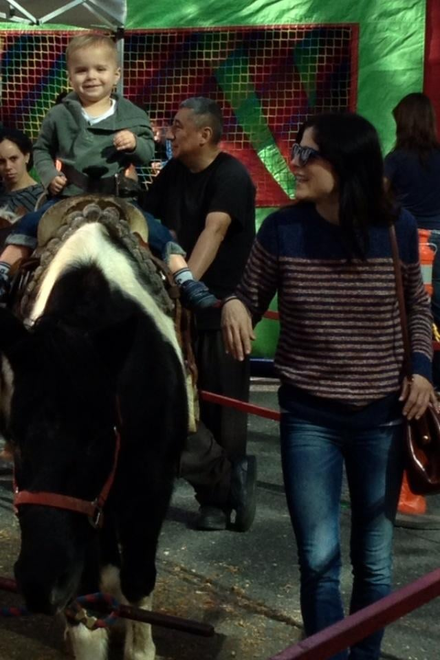 Lil Arthur Bleick went for a pony ride with mom Selma Blair. Source: Twitter user SelmaBlair
