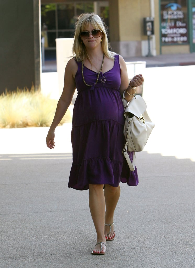 Reese Witherspoon showed her pregnancy style in a purple dress.