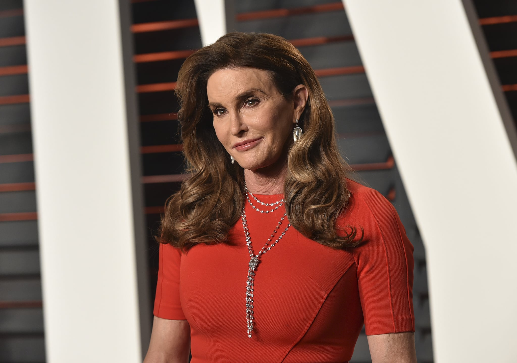BEVERLY HILLS, CA - FEBRUARY 28:  TV personality Caitlyn Jenner arrives at the 2016 Vanity Fair Oscar Party Hosted By Graydon Carter at Wallis Annenberg Centre for the Performing Arts on February 28, 2016 in Beverly Hills, California.  (Photo by John Shearer/Getty Images)
