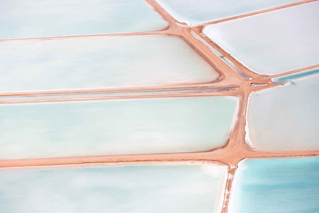 There Is Something Very Extraterrestrial About These Salt Flats in WA