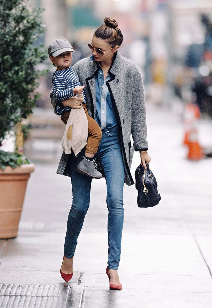 Even on your most casual days, you can follow suit on Miranda's easy accessory go-to: just add red pumps.