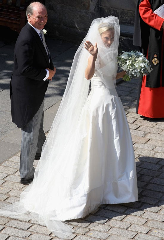Zara Phillips Wedding Dress Pictures 2011-07-30 07:31:42