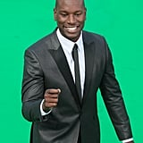 Tyrese gave a wave to fans at the Transformers: Dark of the Moon premiere in Moscow.
