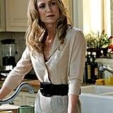 Kirsten was always a fashion-forward mom, especially with this waist-cinching belt.