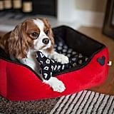 سرير ديزني ميكي ماوس ذو حواف للحيوانات الأليفة (45$ دولار أمريكيّ؛ 166 درهم إماراتيّ/ريال سعوديّ)