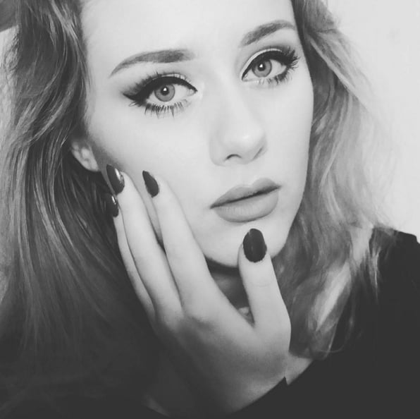 This Flawless Adele Makeup Look Isn't Actually on Adele's Face