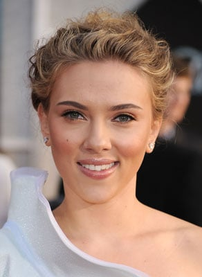 Pictures of Scarlett Johansson's Modern Bun