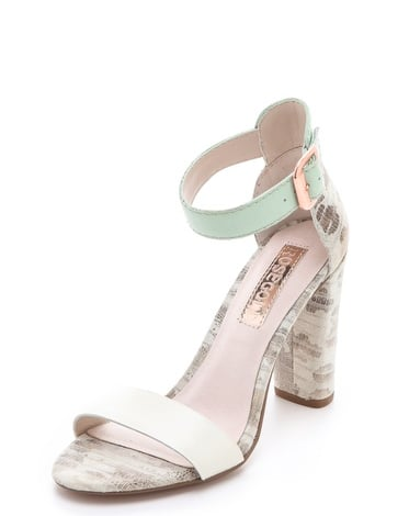 The minty green strap on this Rosegold Zack sandal ($158) will add just the right amount of (pastel) pop to all of your springtime outfits.