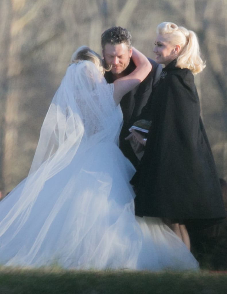 Gwen Stefani And Blake Shelton Take On A Tennessee Wedding Together