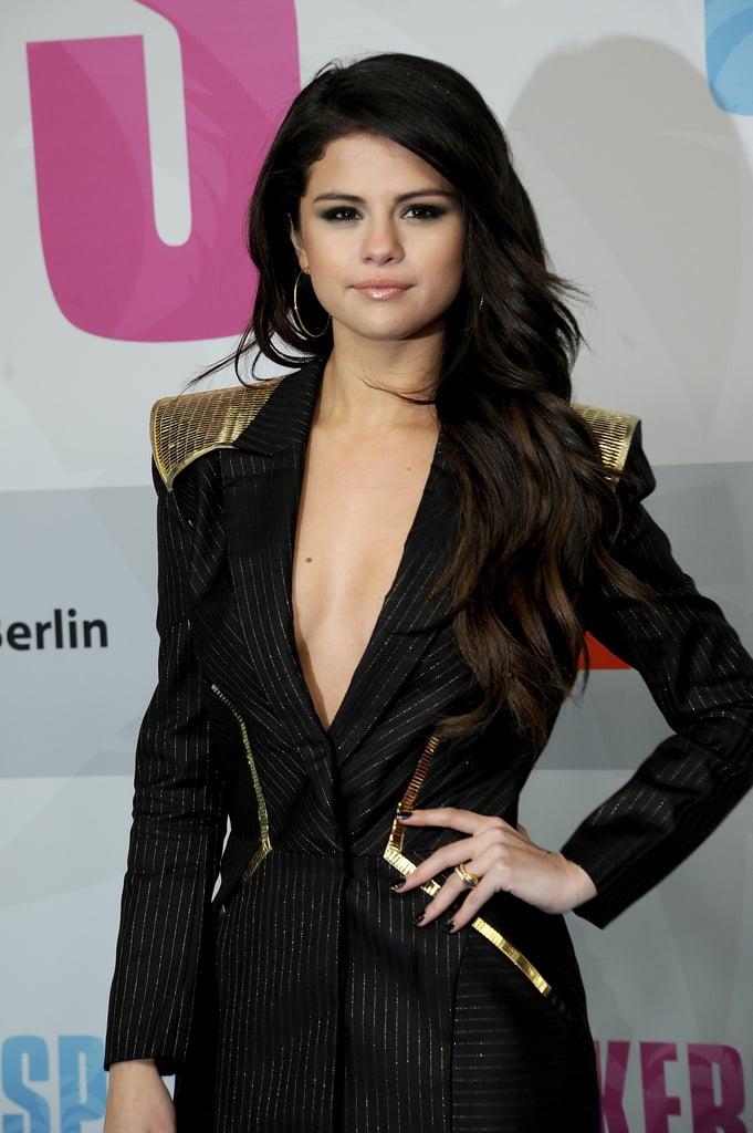 Selena on the Worst Fashion Trend She's Tried