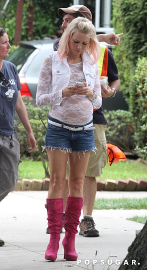 celebrityNaomi-Watts-Fake-Pregnant-Belly-Set-Pictures