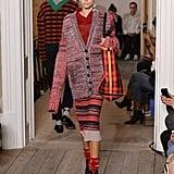 In London, She Wore Cozy Knits on the Burberry Runway