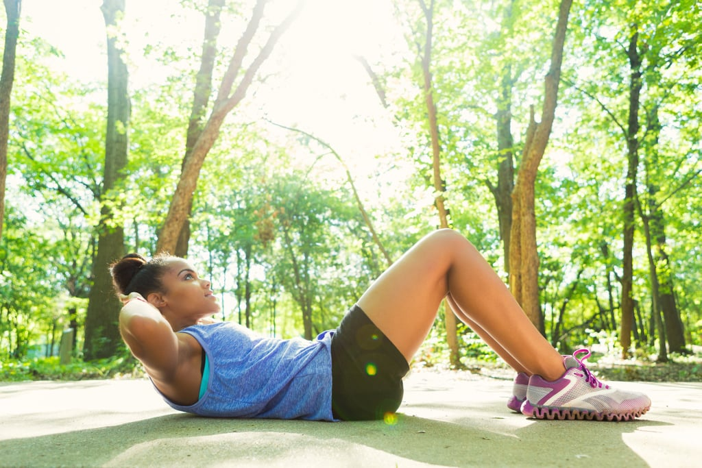 This Trainer's 6-Move Ab Workout For a Stronger Core Takes Just 10 Minutes