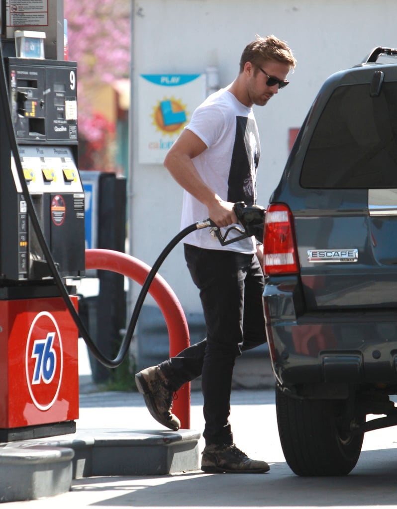 Ryan Gosling Gets Back to His Dog George in LA
