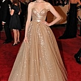 Anne had a total princess moment in Valentino at the 2010 Met Gala. This is one of our favourite Anne moments.
