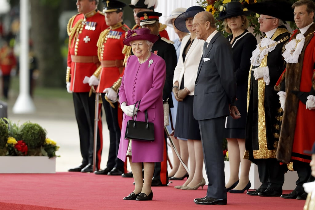 The queen is much shorter than her husband, who is 6' tall.
