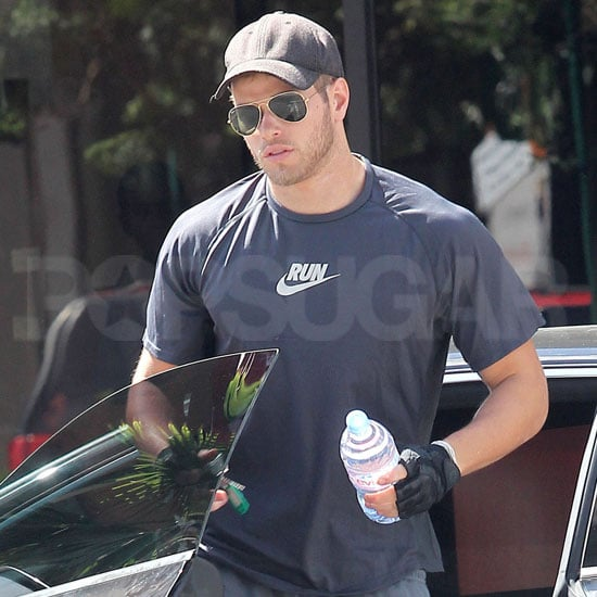 Pictures of Kellan Lutz Wearing Gloves at the Gym