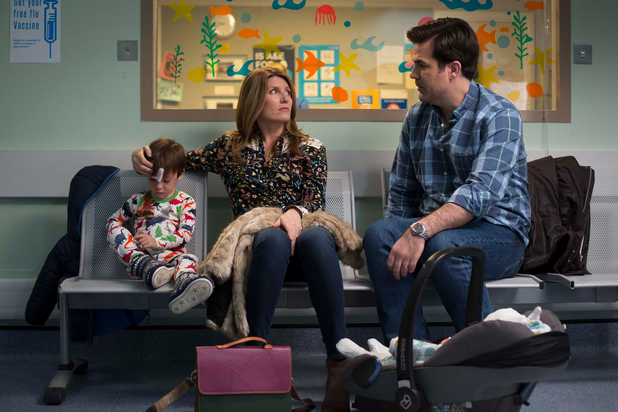 CATASTROPHE, Sharon Horgan (center), Rob Delaney (right), (Season 3, ep. 301, originally aired in UK on Feb. 28, 2017). photo: Ed Miller / Channel 4/Amazon / Courtesy: Everett Collection