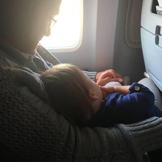 Strangers Help Mom Flying With a Baby