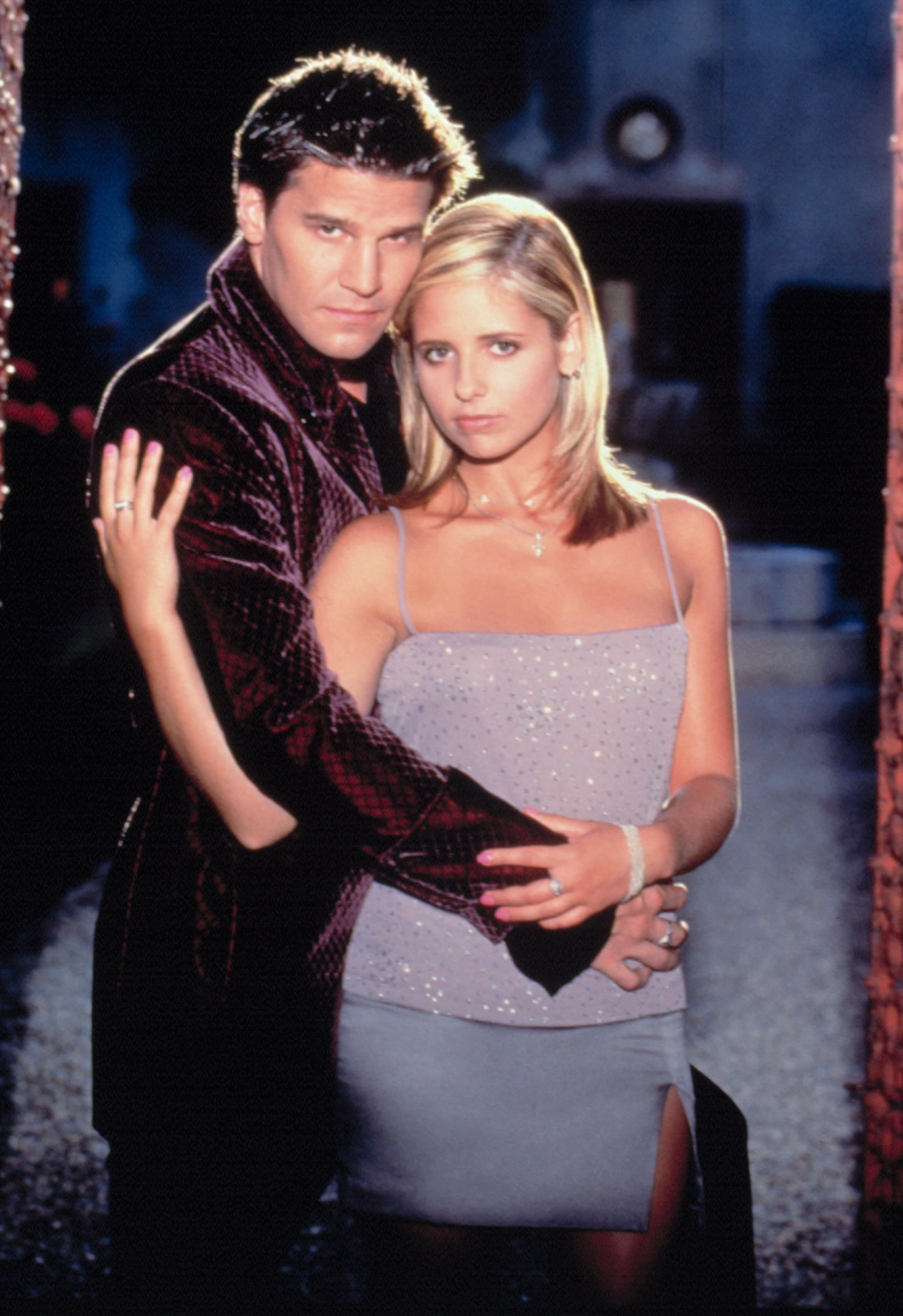 BUFFY THE VAMPIRE SLAYER, David Boreanaz, Sarah Michelle Gellar, 1997-2003, season 2, . TM and Copyright  20th Century Fox Film Corp. All rights reserved. Courtesy: Everett Collection.