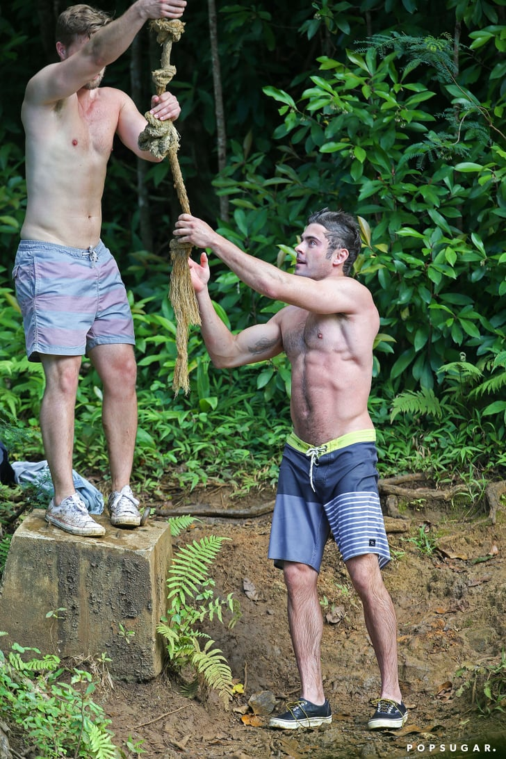 Shirtless Zac Efron on a Rope Swing | POPSUGAR Celebrity ... Ryan Phillippe