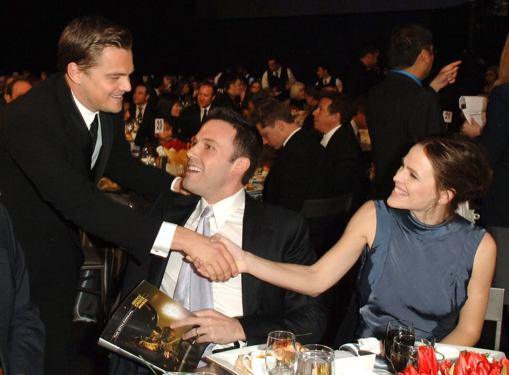 Leonardo DiCaprio stopped to socialize with Ben Affleck and Jennifer Garner in 2007.