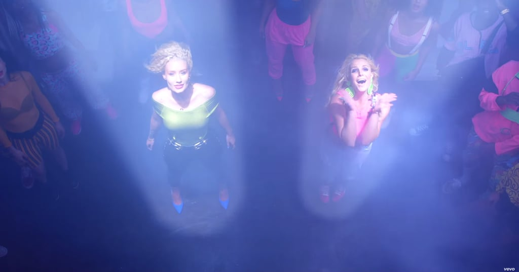 Thanks to the light of the spacecraft, we now notice Iggy's bright blue pumps and Britney's lime-green earrings. At least they're going to space in style?