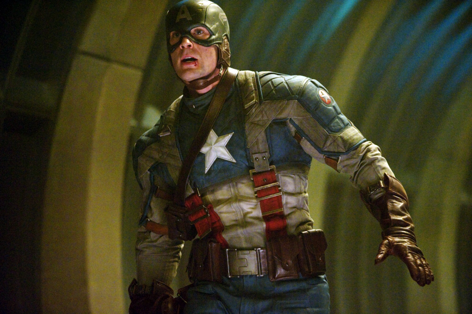 CAPTAIN AMERICA: THE FIRST AVENGER, Chris Evans, 2011. Ph: Jay Maidment/Marvel Studios2011 MVLFFLLC. TM &2011 Marvel. All Rights Reserved./Paramount Pictures/courtesy Everett Collection