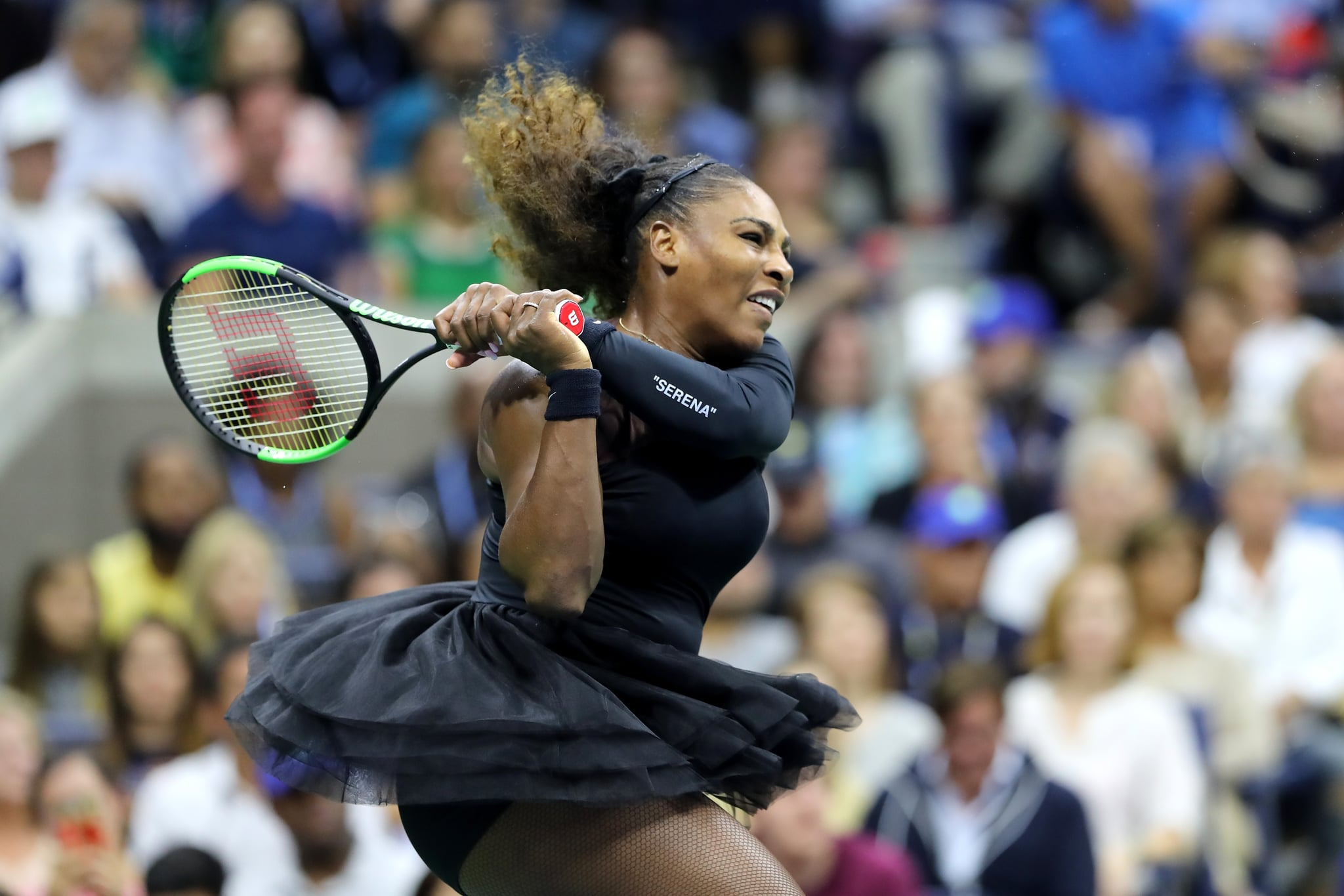 NEW YORK, NY - SEPTEMBER 08:  Serena Williams of the United States returns the ball during her Women's Singles finals match against Naomi Osaka of Japan on Day Thirteen of the 2018 US Open at the USTA Billie Jean King National Tennis Centre on September 8, 2018 in the Flushing neighbourhood of the Queens borough of New York City.  (Photo by Elsa/Getty Images)