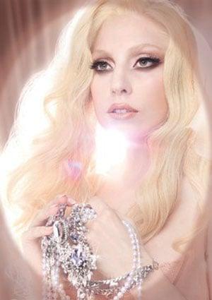 Lady Gaga for MAC Viva Glam 2010-12-10 04:08:48