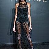 ارتدت ويني هارلو فستاناً أسوداً شفّافاً مذهلاً