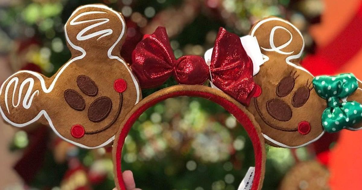Christmas Minnie Ears 2019.Disney Christmas Minnie Mouse Ears 2019 Popsugar Smart Living